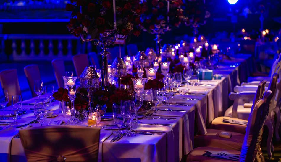 Candlelight Table Settings and Decor