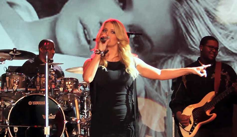 Celebrity Jessica Simpson Performing for a Corporate Event
